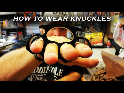 How to wear Brass Knuckles