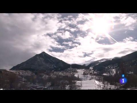 A pie de montaña, Busco casa barata - Comando Actualidad