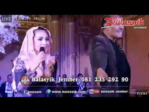 Ada yg aneh duet Mustafa Balasyik bersama Cici Paramida. BALASYIK JEMBER live in Sidoarjo Jatim.