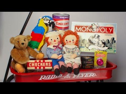 Popular Christmas toys through the decades - YouTube
