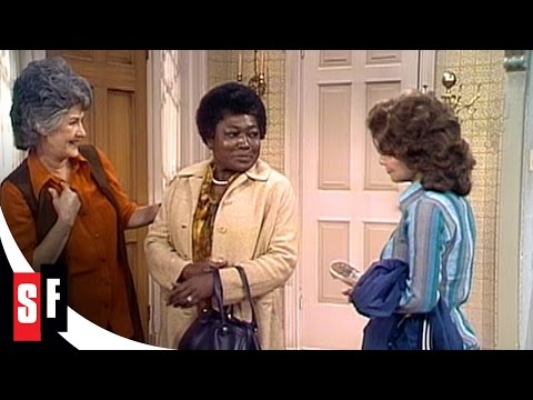Maude: The Complete Series (1/4) Maude and Carol Meet the New Housekeeper HD