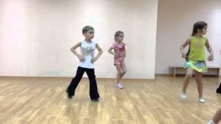 Веселый и простой детский танец. Модный рок