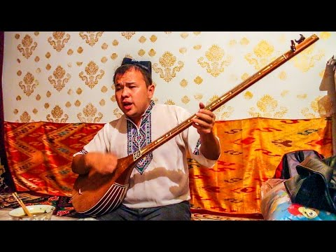What is a Uyghur Dutar? Master Concert in Turpan
