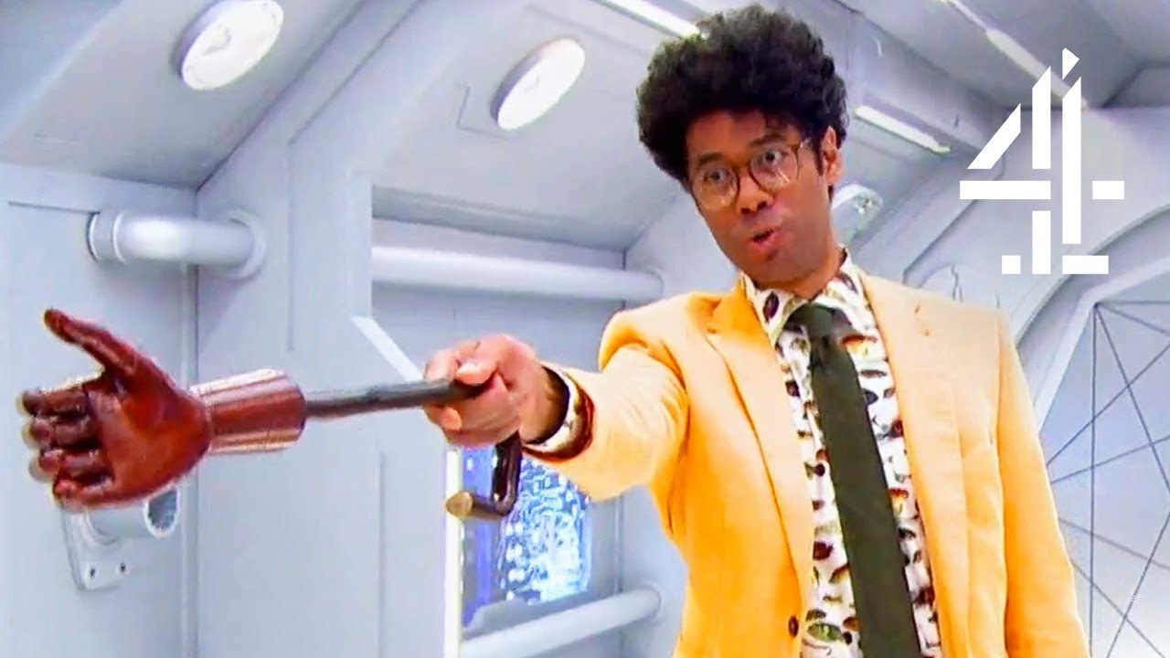 Richard Ayoade Is FURIOUS Once Again About Contestant's Opening His Doors! | The Crystal Maze - YouTube