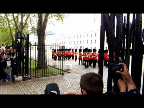 Changing Of The Guard 06-06-12 (Welsh Guards Band)