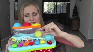 видео Какими игрушками играют дети 9 месяцев