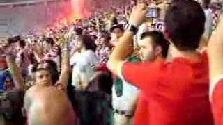 Gambar cover CROAT FANS GOING NUTS CROATIA v TURKEY Euro 2008