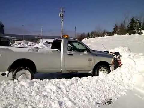 Dodge Plow Truck >> 2012 Dodge Ram Cummins 2500 Slt Plow Truck Youtube