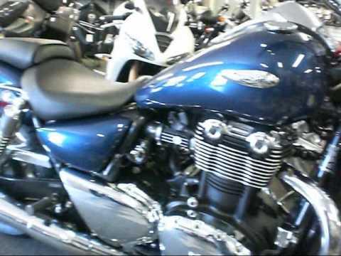 Repeat Foran Exhaust Razorbacks - Triumph Thunderbird