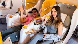 VIAJAMOS EN LUJOSO ASIENTO DE $12,000 DÓLARES A DUBAI *sorprendo a mi novia*
