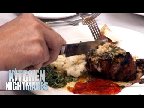 """""""That Looks Like The Biggest Pile Of S*** Ever To Be Served In Queens"""" 