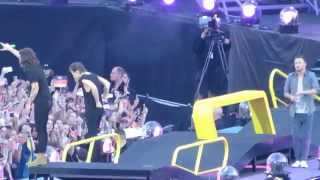 One Direction - Stockholm Syndrome (Brussels, Belgium) HD