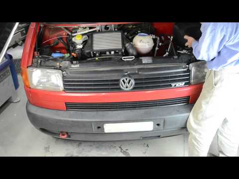 Opening the grille of a VW T4 transporter