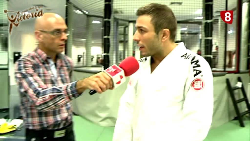 Brazilian jiu jitsu gimnasio victoria 28 01 2013 mpg for Gimnasio victoria