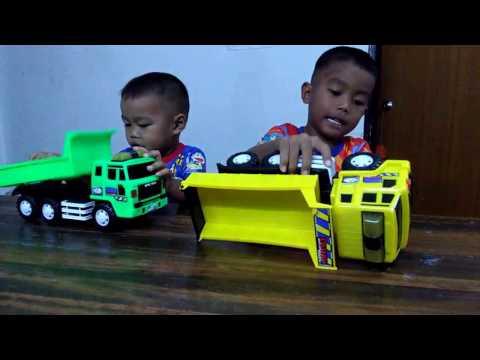 รีวิวรถดั้ม 6ล้อ Review Toys for  kids