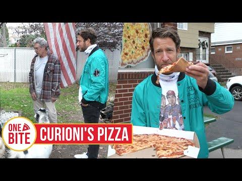 Barstool Pizza Review - Curioni's Pizza (Lodi, NJ) Bonus Petting Zoo