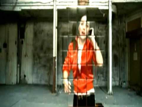 Lady Sovereign - Love Me Or Hate Me [OFFICIAL VIDEO]