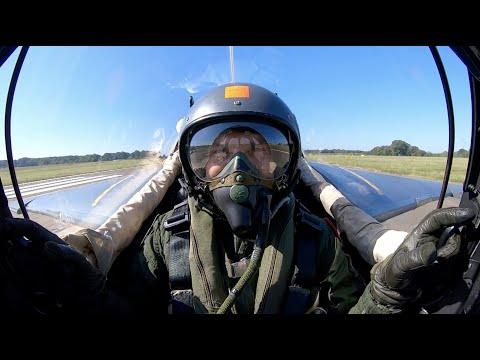 [#WebTVAIR] Épisode 28 - Romain Hugault, célèbre dessinateur aéronautique, vol en Alphajet