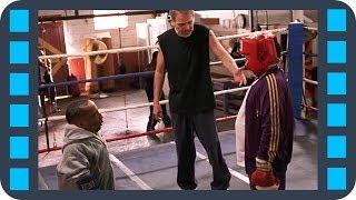 Урок защиты от гопников — Плохой Санта (2003) сцена 6/7 HD