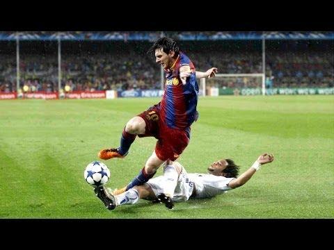 サッカーで最も英雄的な防御スキル●タックル & クリアランス