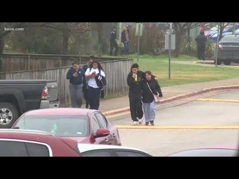 Lockdown lifted at Akins High school