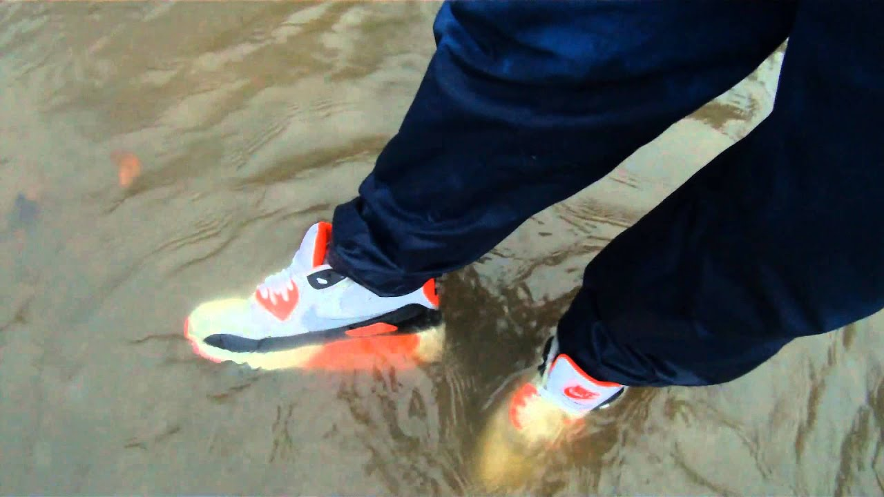 Wet my Air max 90 with Lacoste Trackies - YouTube