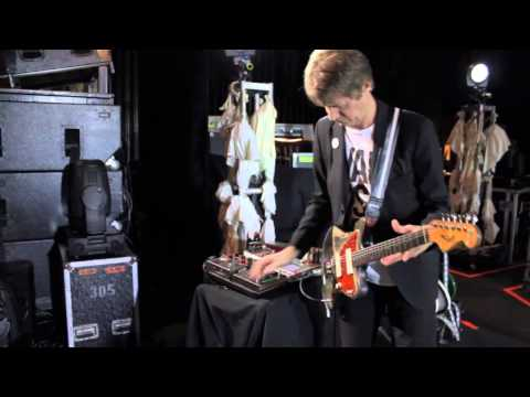 Nels Cline Plays His '60 Fender Jazzmaster (solo)