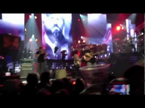 free-/-into-the-mystic-(live)-zac-brown-band-live
