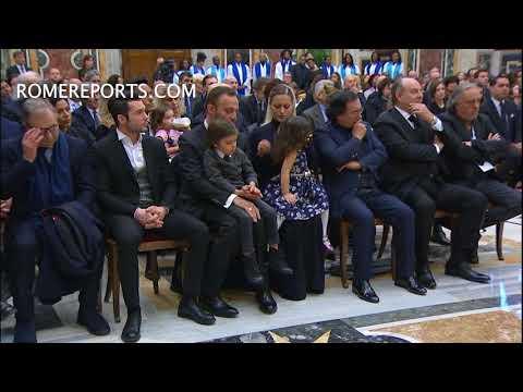 Espectacular coro de música Gospel canta para el Papa Francisco en el Vaticano