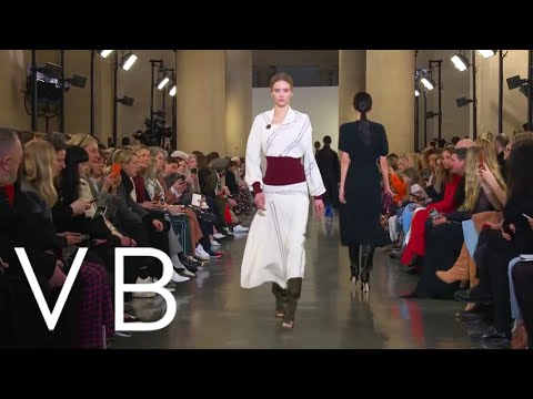Victoria Beckham | Autumn Winter 2019 - London Fashion Week Live