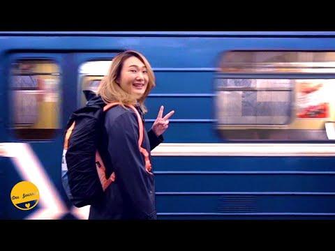 เที่ยว Moscow Metro สถานีรถไฟใต้ดินที่สวยที่สุดในโลก | รัสเซีย【17】 | Dee Journey