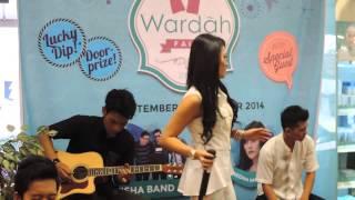 Download lagu REGINA VHT Feat KEISHA BAND KAMU MEMANG BENAR MP3