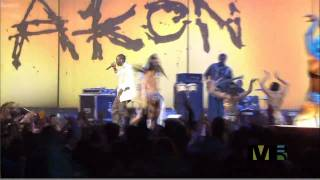 Akon Belly Dancer Live HD