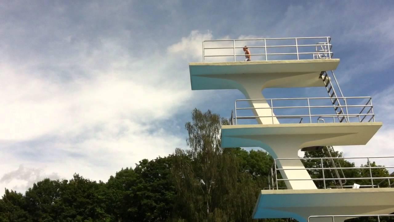 10 M Turm