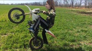 ШОК!!! Катя поехала на мотоцикле но что-то пошло не так | мелкий месит грязь / KAYO Basic YX125