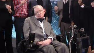 Stephen Hawking Baffled by Donald Trump