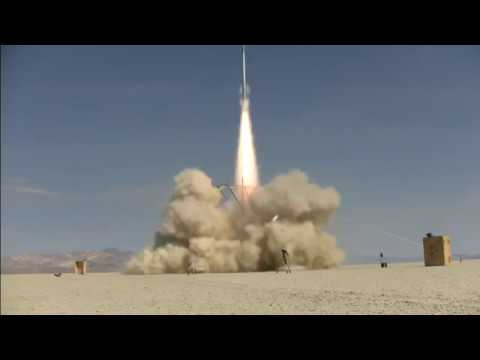 Amateur rocket reaches 121,000 ft