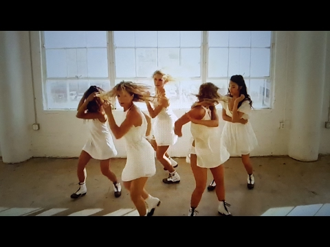 "Taylor Swifts ""Trouble"" by Tap That Production"
