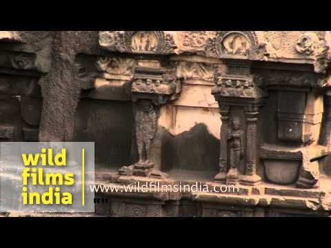 Rock-cut cave monuments : Ellora Caves in Aurangabad