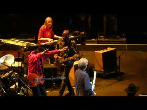 Eric Clapton w/ Carlos Santana - High Time We Went - 09-11-2019 - Chase Center, San Francisco, CA 4k