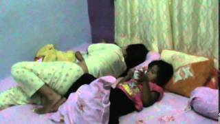 Download Video anak tidur dengan ibu, MP3 3GP MP4