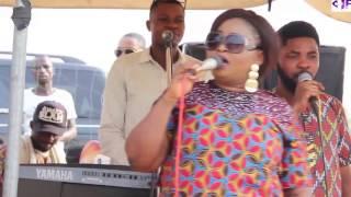 Download Video ST  JANET SINGS AT OLOGUDU OF OGUDU'S 10TH CORONATION ANNIVERSARY MP3 3GP MP4