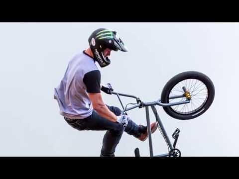 Mat Hoffman & Friends Demo at NASS 2016 (Front Flip Flyout)