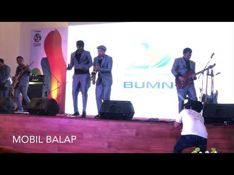 Mobil Balap - Fortysix Band