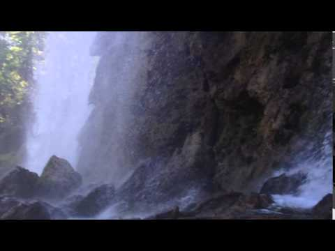 Croatia Plitvice lakes / Plitvička jazera waterfall
