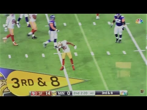 ERIC REID POPS THE RECEIVER AND DABS ON HIM!!!