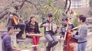 """Pequeña Orquesta de Trovadores - """"Una Noche // Joy Weekend #3.3"""
