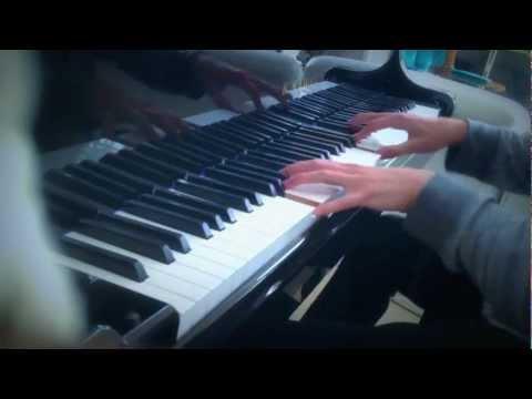 """Wonderful Christmastime"" - Paul McCartney - (Piano Cover)"
