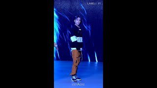 Download Lagu [#XIAOJUN Focus] WayV 'Turn Back Time' (Rebirth Ver.) @WayV THE STAGE mp3