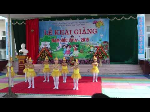 Mua Phep la hang ngay (Truong MN Thi tran Troi 2014-2015)